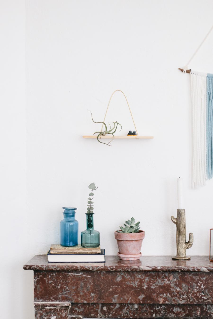 DIY - etagere laiton et pin - carnet de printemps-13