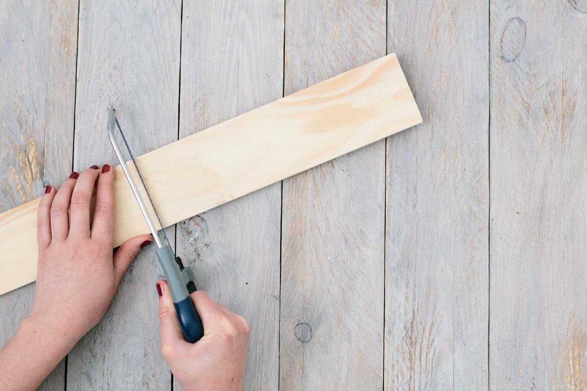 DIY - etagere laiton et pin - carnet de printemps-3
